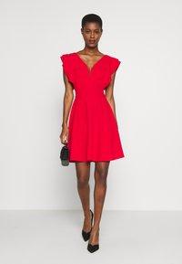 WAL G TALL - V NECK FRILL SLEEVE FIT FLARE DRESS - Žerzejové šaty - red - 1