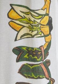 Stieglitz - ALAMOSA SKATE SHIRT - Long sleeved top - white - 2