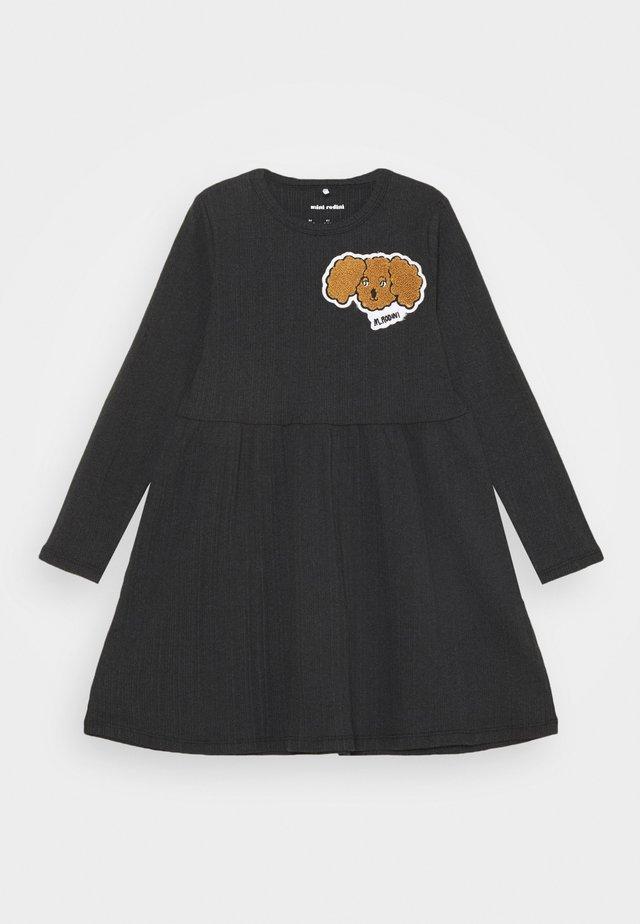 FLUFFY DOG PATCH DRESS - Jerseykjole - black