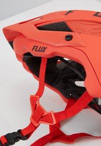 Fox Racing - FLUX HELMET SOLID - Hjälmar - orange - 5