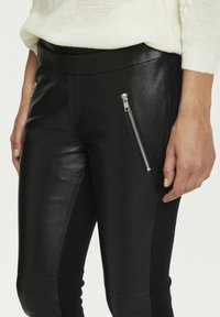 Kaffe - Leather trousers - black deep / gold - 2