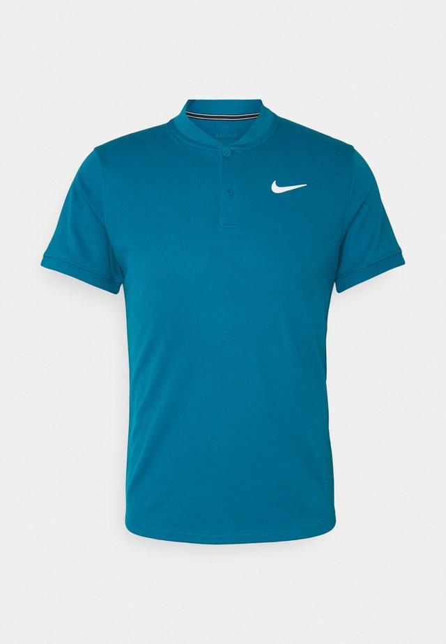 BLADE - T-shirt basic - green abyss/white