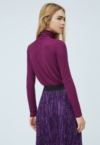 Pepe Jeans - DEBORAH - Long sleeved top - dark plum - 2