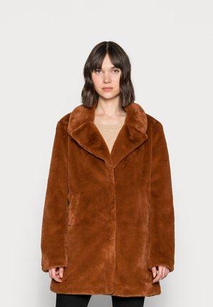 SUNIA - Winter coat - toffee