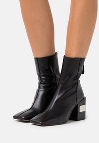 Topshop - HARRIS BLOCK - High heeled ankle boots - black - 0