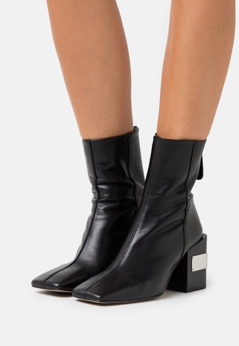 Topshop - HARRIS BLOCK - High heeled ankle boots - black