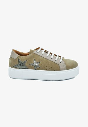 HAND MADE GENUINE  - Sneakers laag - sand beige