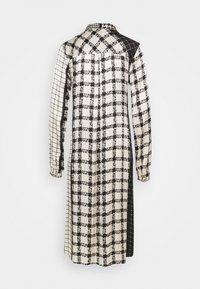Culture - SALOMON DRESS - Košilové šaty - black - 1