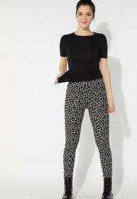 Tezenis - Leggings - Trousers - nero st.little giraffe - 1
