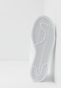 adidas Originals - SUPERSTAR - Trainers - footwear white - 5