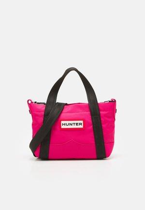 TOPCLIP TOTE MINI - Tote bag - bright pink