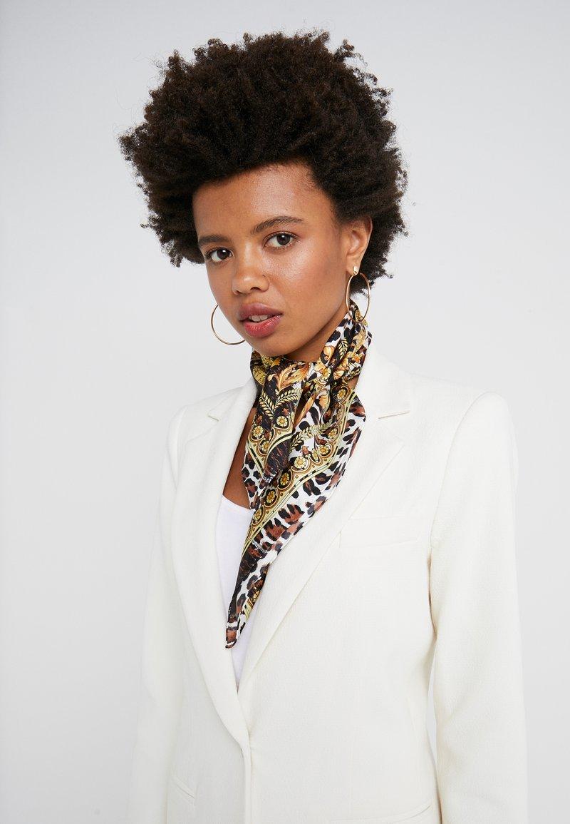 Versace - FOULARD - CARRE - Foulard - marrone oro bianco