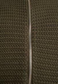 Solid - SHAD ZIP  - Neuletakki - rosin - 5