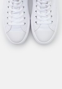 Converse - CHUCK TAYLOR ALL STAR MOVE - Zapatillas altas - white/natural ivory/black - 5