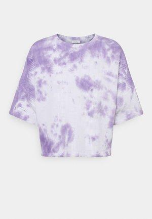 BOWILOVE  - T-shirt imprimé - purple