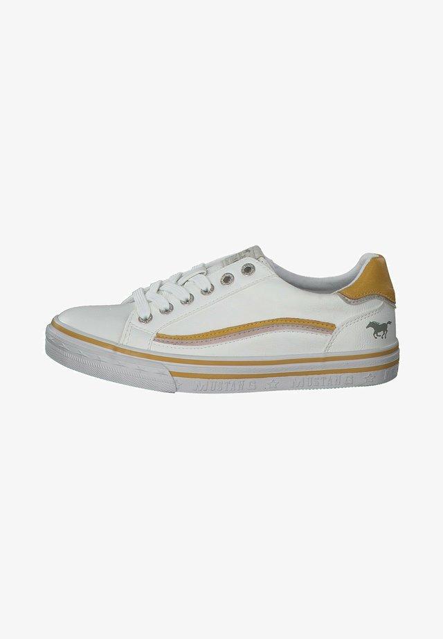 Baskets basses - weiß/gelb