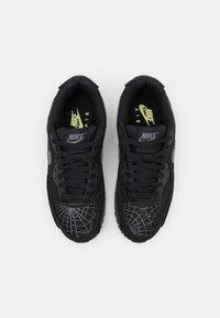 Nike Sportswear - AIR MAX 90 UNISEX - Sneakers laag - black/smoke grey/limelight - 3