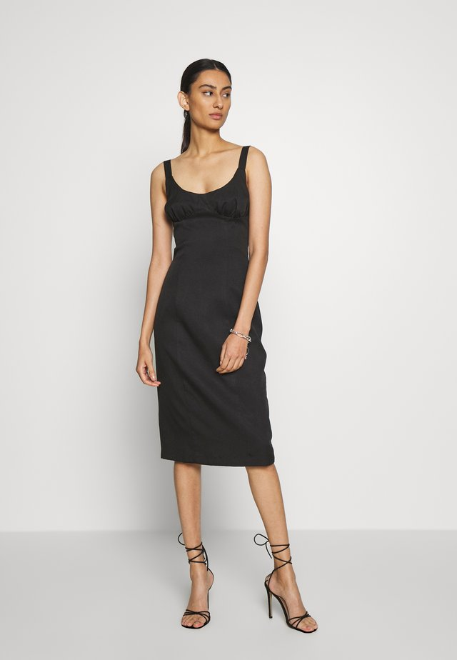 VENTURE GATHER BRA MIDI - Robe d'été - black