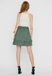 Vero Moda - ROCK WICKEL - A-line skirt - laurel wreath - 2