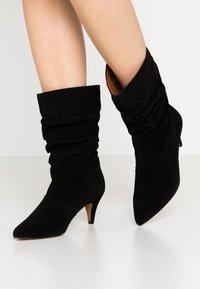 LAB - Boots - black - 0