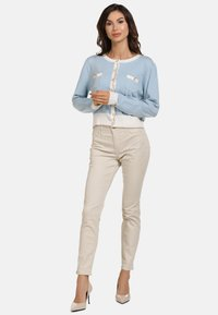 faina - Cardigan - light blue - 1