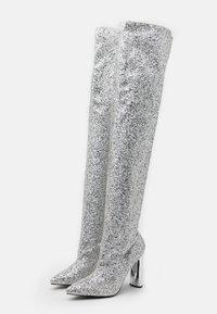 BEBO - LIMA - Kozačky na vysokém podpatku - silver glitter - 2
