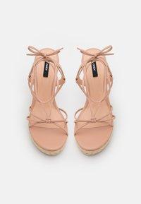 ONLY SHOES - ONLAMELIA WRAP KNOT - Sandály na platformě - light pink - 5