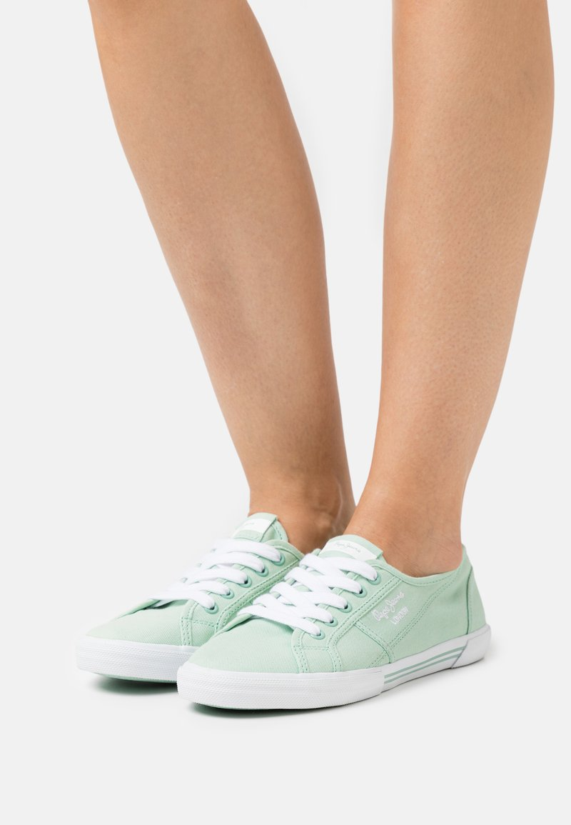 Pepe Jeans - ABERLADY ECOBASS - Trainers - spearmint