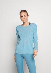 Nike Performance - DRY LAYER  - Sportshirt - cerulean heather/glacier blue/armory blue - 0