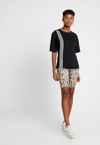 adidas Originals - TEE - Printtipaita - black - 1