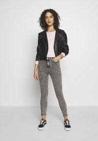 ONLY - ONLMILA ACID - Jeans Skinny Fit - grey denim - 1