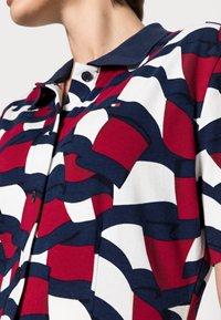 Tommy Hilfiger - FLAG MIDI POLO DRESS - Day dress - blue - 4