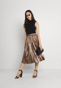 Molly Bracken - LADIES WOVEN SKIRT - A-line skirt - mat gold - 1