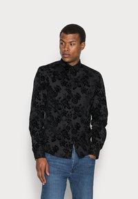 Twisted Tailor - ARMADA SHIRT - Camicia - black - 0