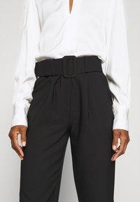 Trendyol - Spodnie materiałowe - black - 4