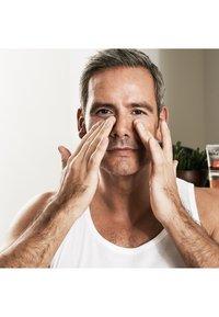 L'Oréal Men Expert - VITA LIFT 5 EYE CARE 15ML - Eyecare - - - 3