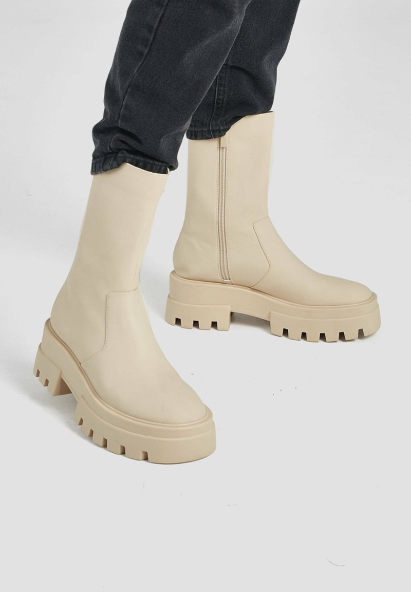 PULL&BEAR - Boots - beige