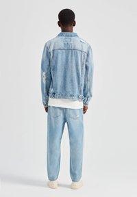 PULL&BEAR - Džínová bunda - blue - 2