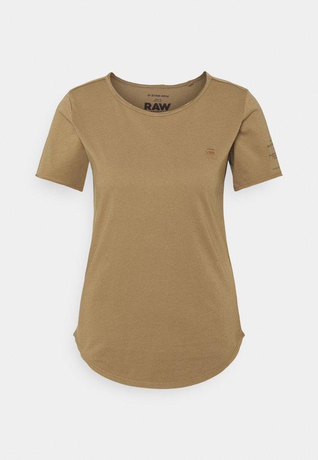 MYSID OPTION SLIM - Print T-shirt - safari