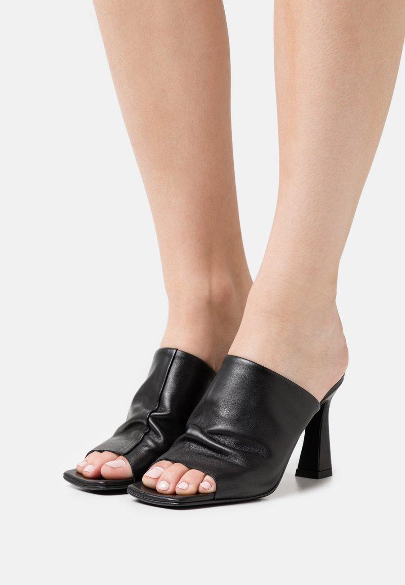 Vero Moda - VMCARA - Heeled mules - black