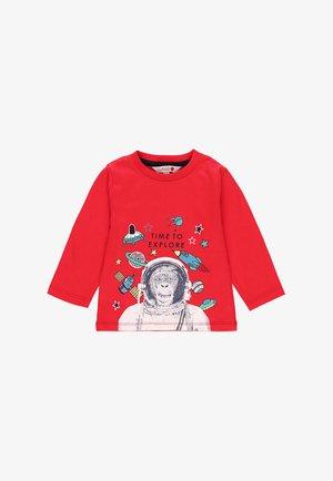 T-shirt print - ruby red