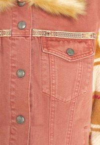Desigual - CHAQ CHECKIS - Denim jacket - rosa palido - 6
