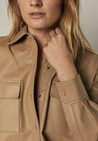 Massimo Dutti - Leather jacket - beige - 3