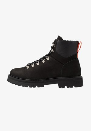 CLOUD HIKING BOOT - Lace-up ankle boots - black