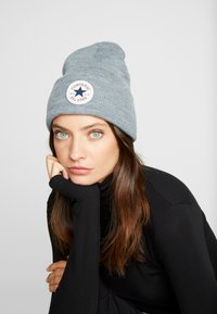 Converse - CHUCK PATCH TALL BEANIE - Beanie - vintage grey heathered - 3