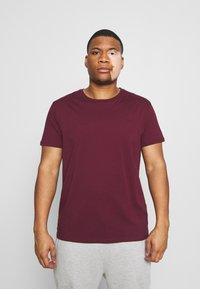 LTB - 3 PACK - Basic T-shirt - navy/ bordeaux/ white - 4