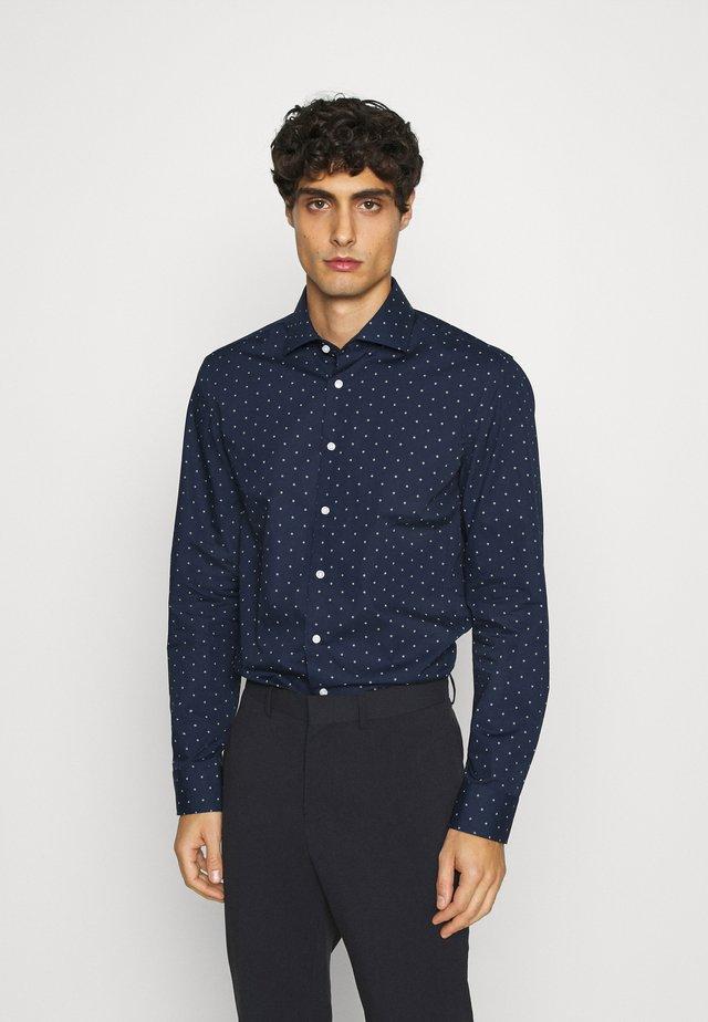 SLIM SPREAD KENT - Skjorta - dunkelblau