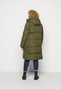 CAPSULE by Simply Be - LONG PADDED DUVET COAT - Classic coat - khaki - 2