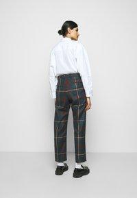 Vivienne Westwood - GEORGE TROUSERS - Pantalon classique - brown - 2