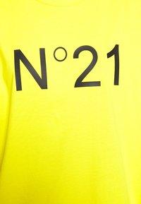 N°21 - Print T-shirt - mimosa - 6